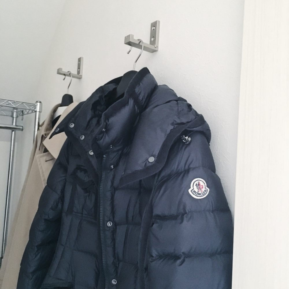 ★IKEA★1階物置内に折りたたみフックでコートを快適収納♪