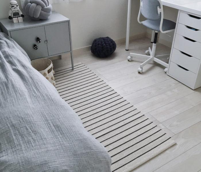 IKEAで長男部屋模様替え★さわやかなコットンラグを買いました