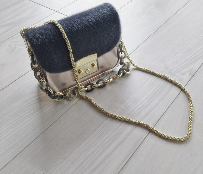 ★楽天★フォロ割でgetした旬なPVCバッグ「airre」とミニ財布