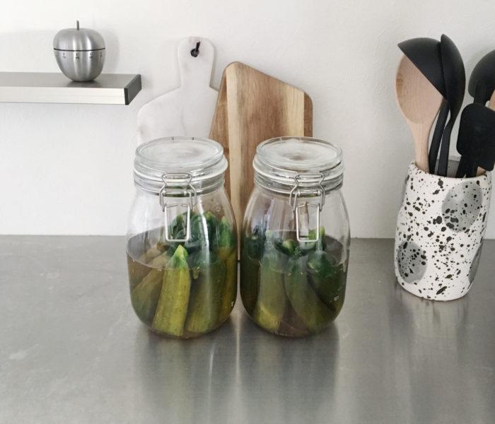 自家製ピクルスとIKEAの保存瓶と欠かせないスパイス