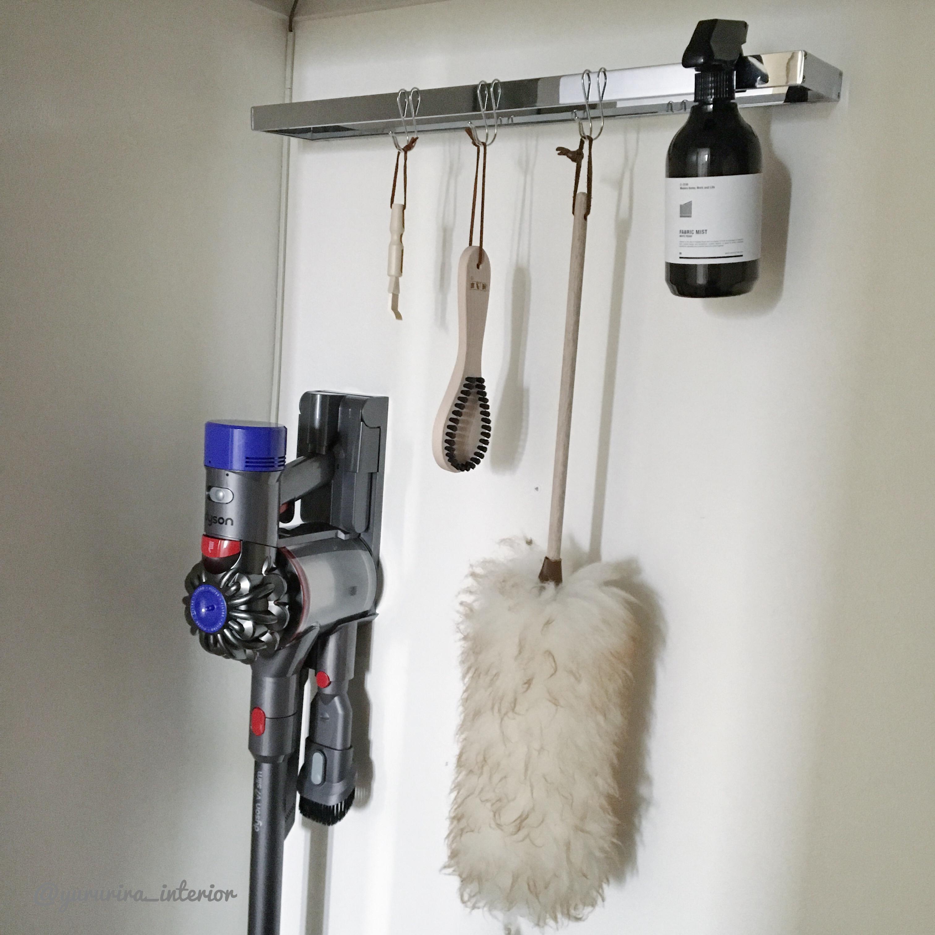 WIC収納★アイロン、掃除機、衣類ケア用品などの収納