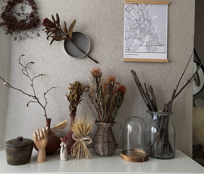 70cmの景色。ステキな壁掛けの花器を買いました